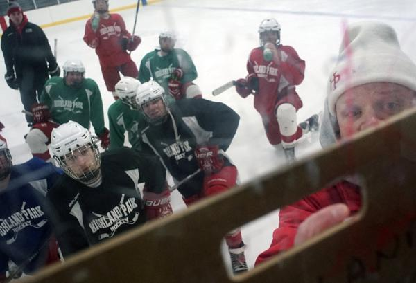 MN H.S.: Success At Highland Park - Hockey Returns To A City School