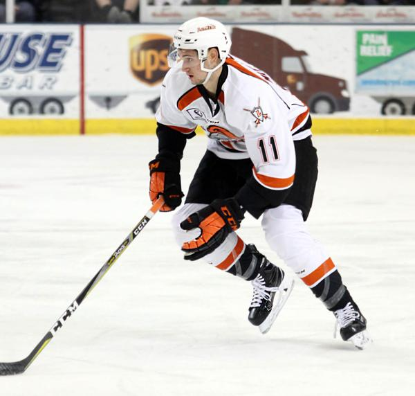 USHL: Lancers Take Top Spot In League With Win Over Des Moines