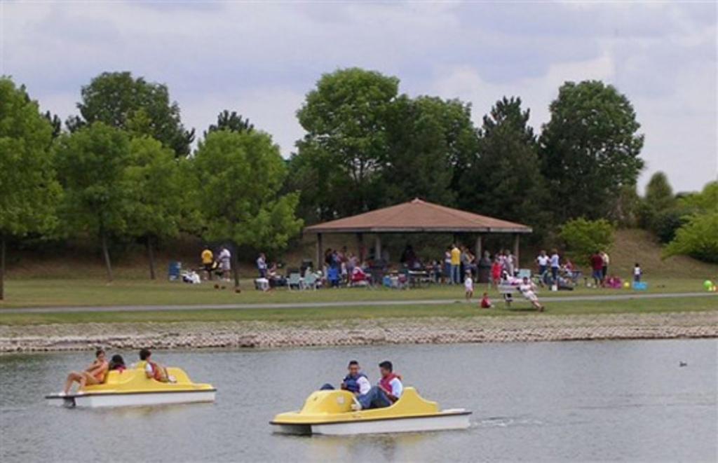 Fishing & Boating at Twin Lakes
