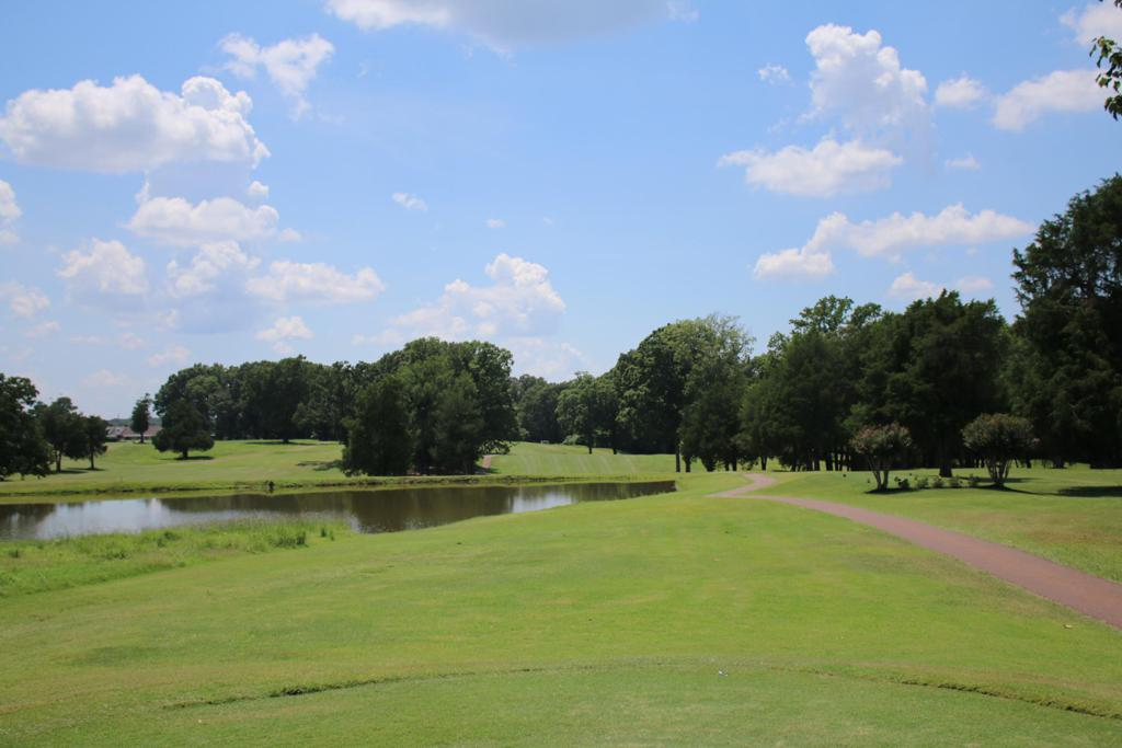 Olive Branch Country Club is located in Olive Branch, Mississippi.