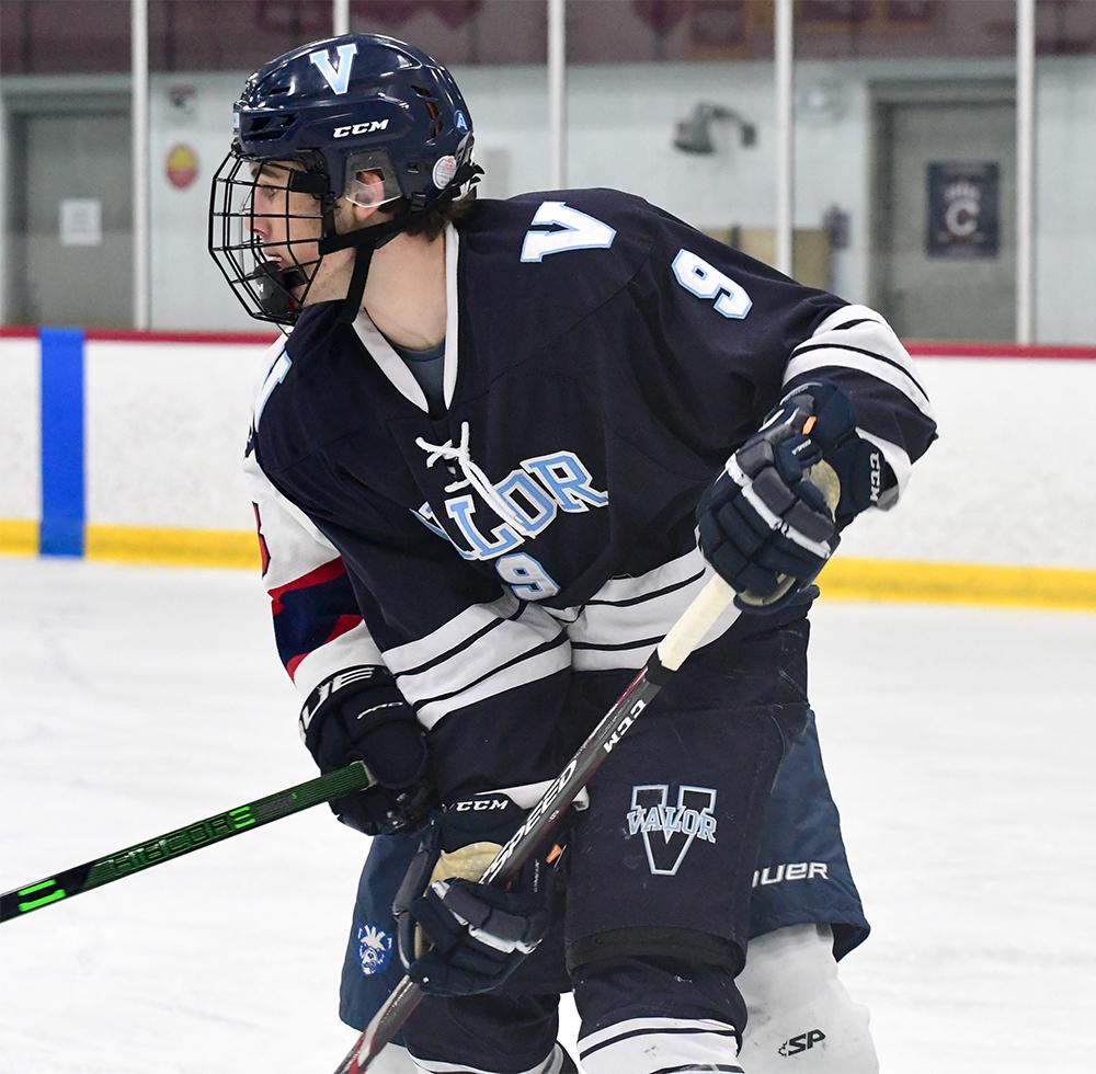 Evan Pahos of Valor Christian (9) is one of the standout players on this spring's Team Colorado roster that's traveling to Minnesota for the CCM NIT. Photo by Steven Robinson, SportsEngine