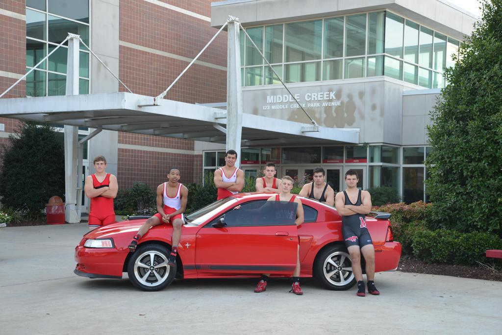 middle creek wrestling team photo