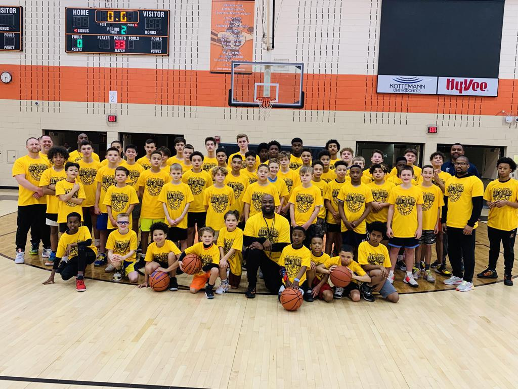 4th Annual Rising HoopStars Holiday Camp 2019 - Group photo - Powered by: GetShooksports