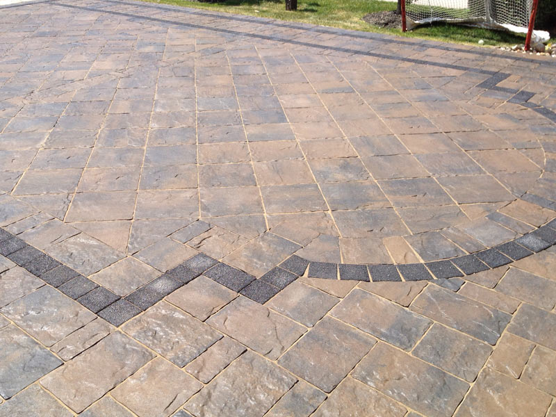 Interlocking Stone Driveways And Walkways - Brock's Landscape - 905.822.3131