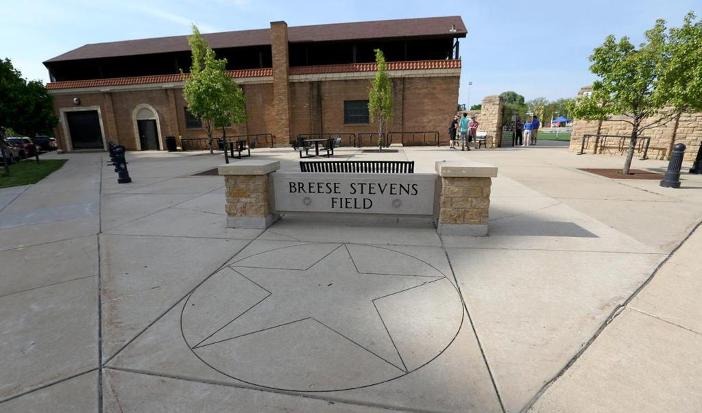 Entrance to Breese