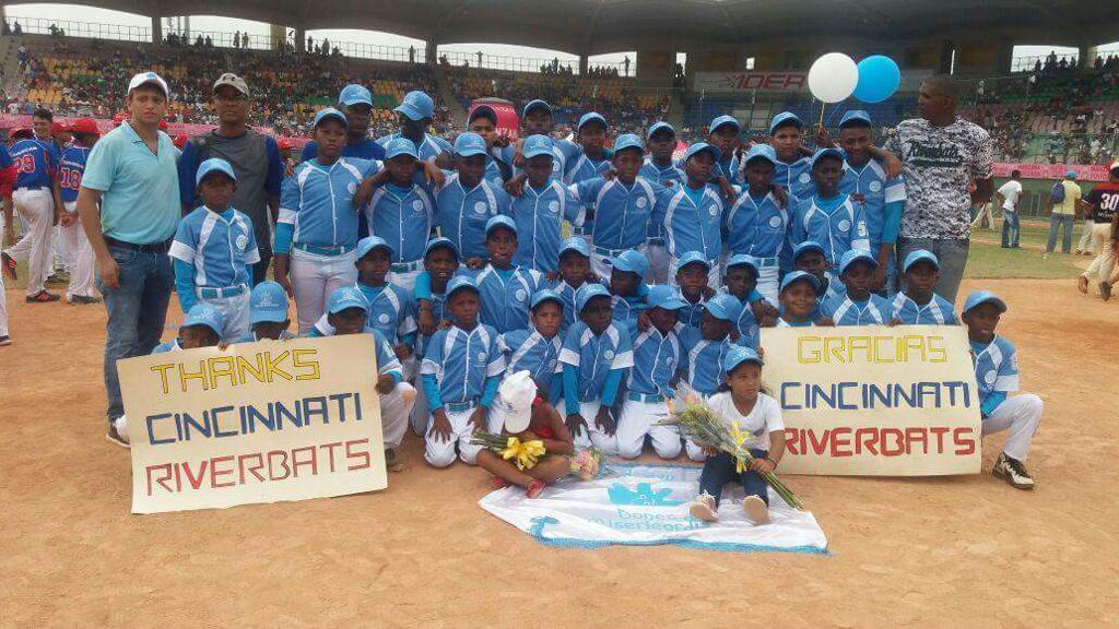 Riverbats Donate Gear to help Columbian Youth Baseball