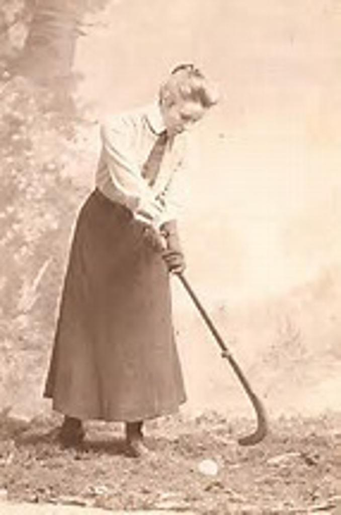 Constance Applebee, pioneered American field hockey play