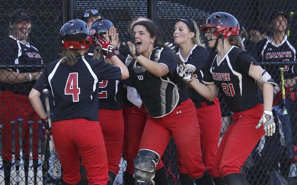 Sophomore catcher Joie Fittante hopes to lead Shakopee back to the Class 4A state tournament. On Wednesday, the Sabers play Farmington in a conference matchup. Photo by Jeff Lawler, SportsEngine