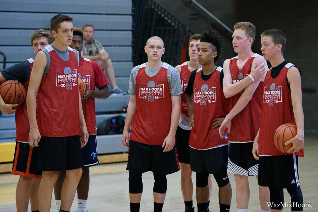 Players at Oregon's Top Basketball Exposure Showcase