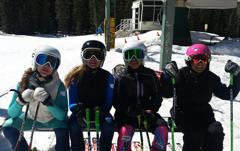 Skiers small
