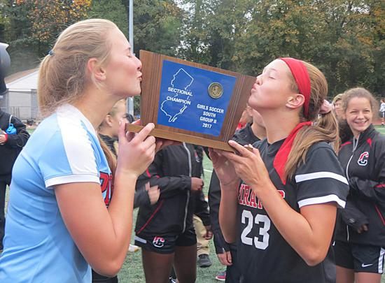 Maddie Ogden and Hailey Gutowski with SJ Group 2 Trophy