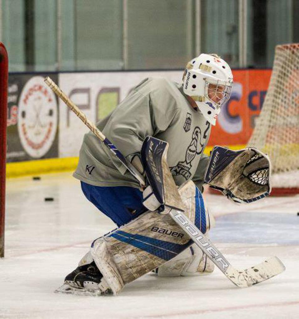 Sioux Falls Flyers Goalie Anthony Seykora will be assisting with the Spring Session. Seykora led the Flyers to a state championship this season!