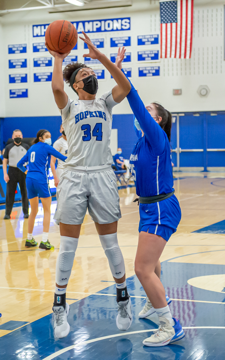 The Royals' Maya Nnaji goes for a layup Thursday night during Hopkins' 82-53 victory over Lake Conference foe Minnetonka to remain undefeated. Nnaji had 20 points in the game. Photo by Earl J. Ebensteiner, SportsEngine