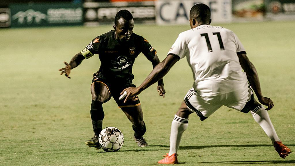 Solomon Asante and Phoenix Rising FC are considered a 35 percent chance to claim the 2019 USL Championship Final by fivethirtyeight.com as the postseason begins. | Photo courtesy Hector Orellana / Phoenix Rising FC