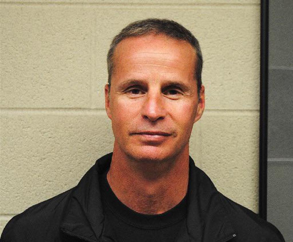 Coach Steve Leach