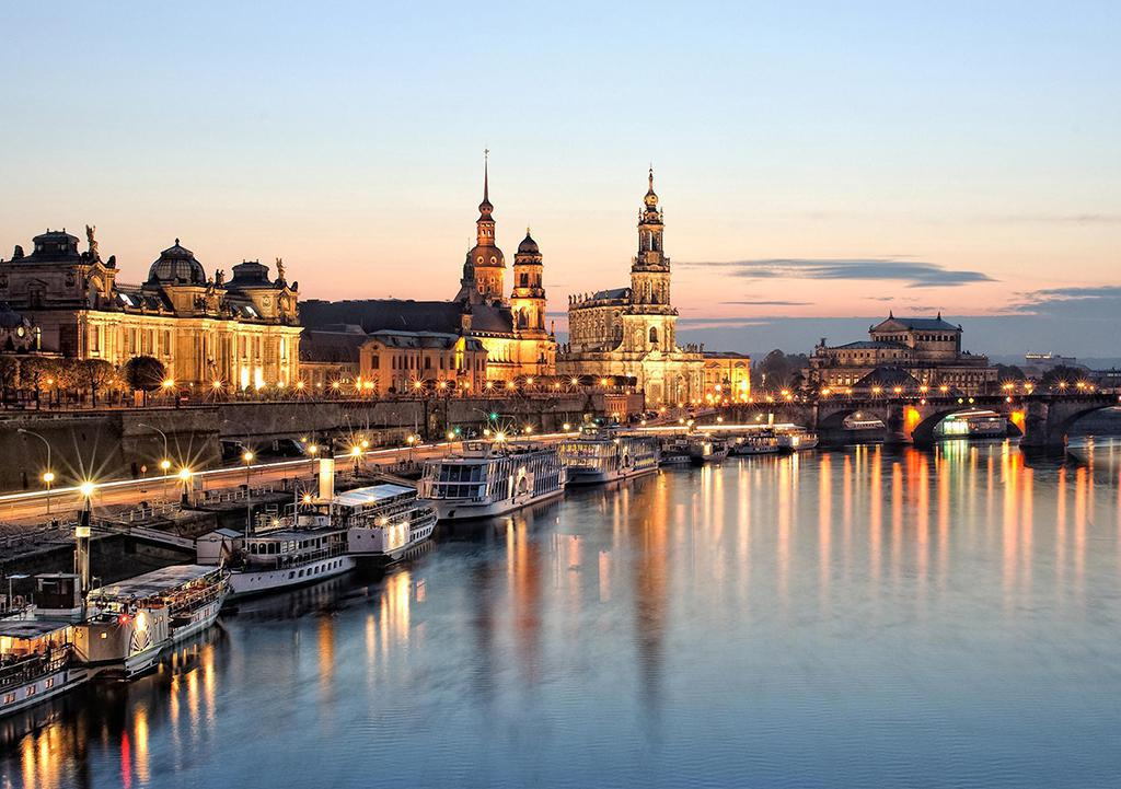 Silhouette of Dresden city