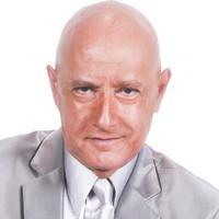 Toronto Hypnotist Fernandez - Hypnosis Show in Mississauga - Hypnosis Show in Brampton - FERNANDEZ